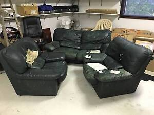 Superb KING FURNITURE 3-piece Lounge Suite - FREE! Burradoo Bowral Area Preview