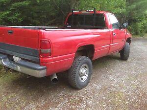 1998.5 Dodge Ram 2500 cummins