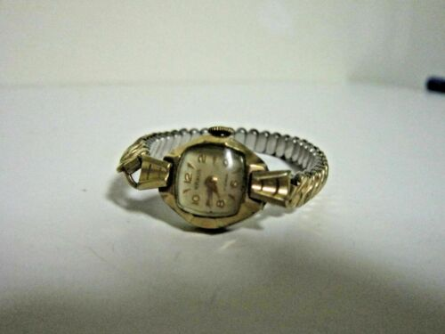 Kraus 17 Jewel Swiss Wrist Watch Ladies Wind-Up Vintage