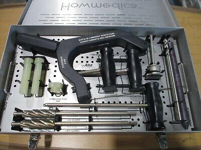 Howmedica 5235-9-305 Rod Connector Instruments