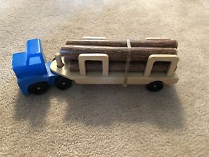 Truck by Melissa and Doug