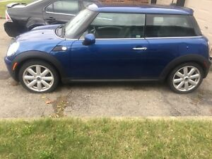 2007 Mini Cooper needs engine.