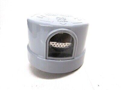 Nos Fisher Pierce Photoelectric Lighting Control Model 6660 Td 105130 Volt