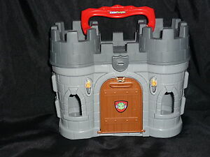 Fisher-Price-Little-People-Carry-Storage-CASTLE-NEW