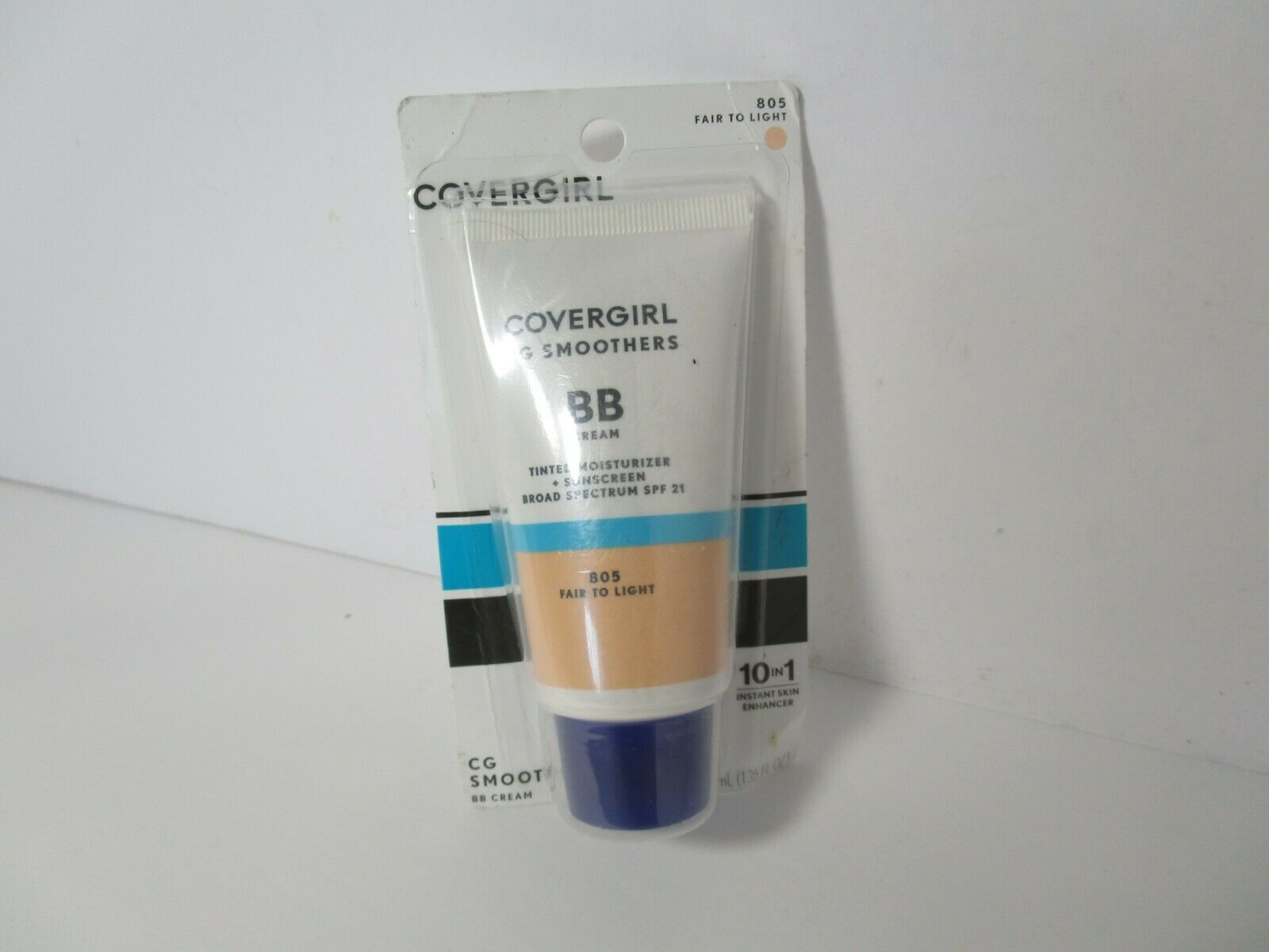 COVERGIRL Smoothers Lightweight BB Cream, Fair to Light 805,