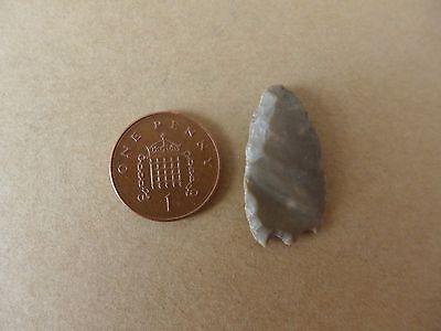 Neolithic Flint Arrowhead (h)