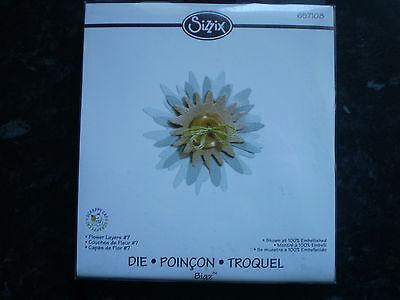 Sizzix Bigz Die - 657108 - Flower Layers #7