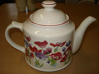 "Wade poppy teapot H 5 3/9"" -13.5CM"
