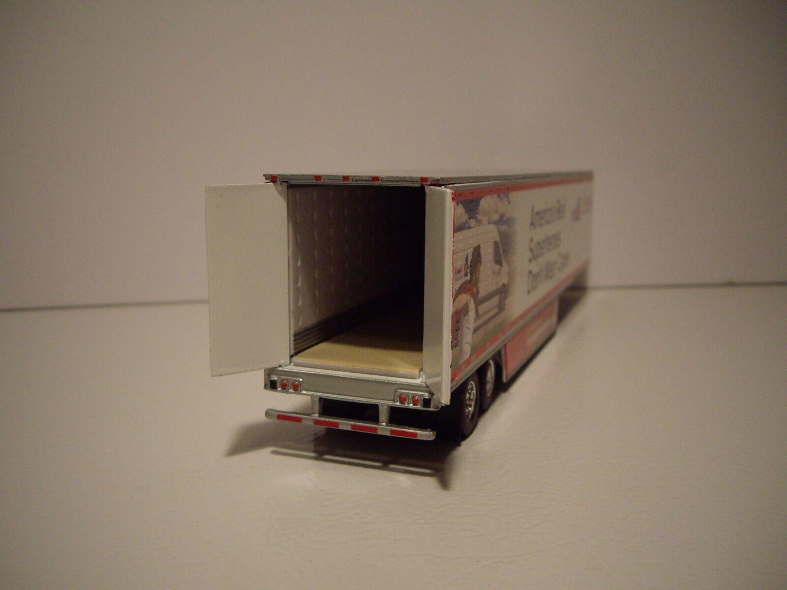 1//64 Scale DCP IOWA HAWKEYES dry van