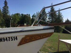 Sailboat 23' venture with motor and trailer
