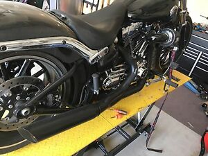 D & D 2 into 1 exhaust for Harley
