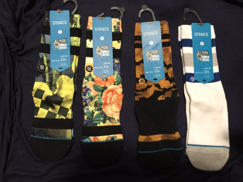 4 Pairs of Stance Kids Socks Size 2-5.5 Youth Free Shipping. Nice Set