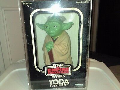 KENNER STAR WARS YODA HAND PUPPET  THIS SALE IS FOR ACRYLIC CASES ONLY NO TOYS