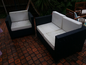 Free outdoor lounge set Belrose Warringah Area Preview