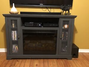 Electric fireplace - sold pending pick-up
