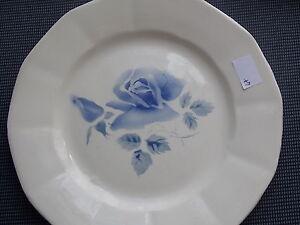 anciennes assiette plate faience de digoin decor a la rose bleue dispo 2 ebay. Black Bedroom Furniture Sets. Home Design Ideas