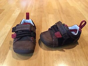 Boys Clarks sneakers size 3 *like new*