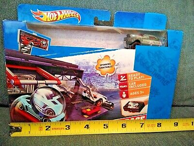 Hot Wheels Garage Race Car Racing Vehicle Portable Play Set Spinning Turntable