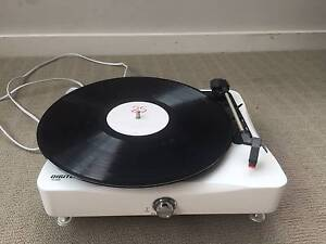 Record Player / Turntable with Christmas LP and Adele 25 LP Parramatta Parramatta Area Preview