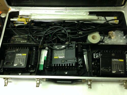 Lowel Omni Light Kit 4 Lights, Stands, Barndoors, Cords, Hard Case