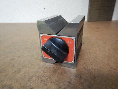 Older Starrett No. 566 Magnetic V Block Machinist Tooling Jig Fixtre