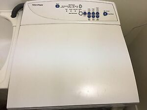 Fisher & Paykel washing machine top loader Paradise Point Gold Coast North Preview