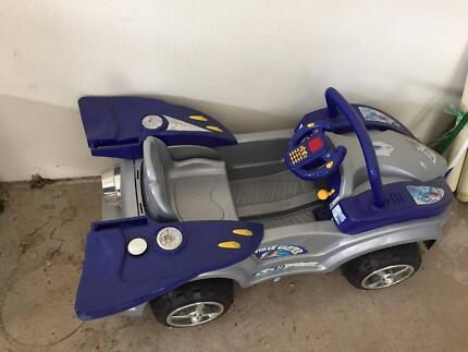 Children's electric car in great condition
