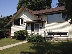 Bi level Home for rent in Ottwell