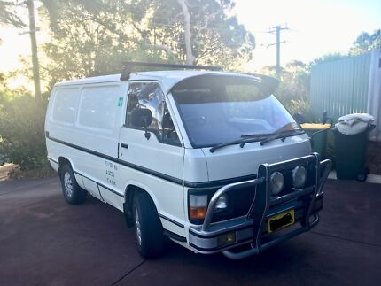 Toyota Hiace – Excellent tradie car