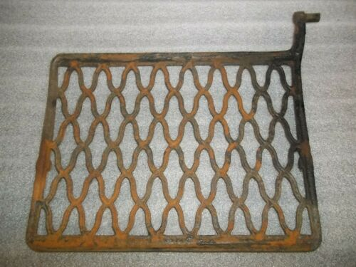Antique Singer Treadle Sewing Machine Cast Iron Foot Pedal - Rusty