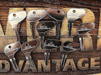 10 Keys For Kubota L G M Series Mahindra Mitsubishi H32412 35260-31852