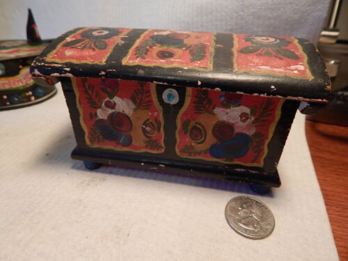 ANTIQUE 1926 SCANDINAVIAN ROSEMALED MINIATURE TRUNK TINA BOX ROSEMALING BOX WOOD