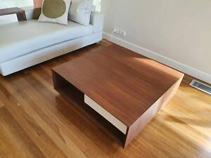 King Furniture Edge Luca Coffee Table