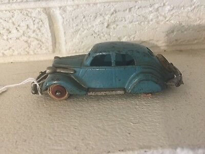 """Antique rare Hubley Cast iron1934 Studebaker Toy Automobile car 5"""" with spare"""