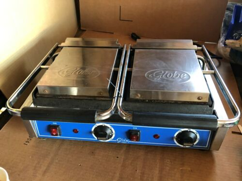 GLOBE GSGDUE10 DOUBLE PANINI SANDWICH GRILL SMOOTH 3200W 240V