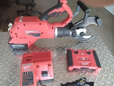 Milwaukee M18 Force Logic 3 Cable Cutter Kit 2776r-20