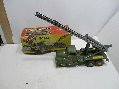 GUIDED MISSILE TRUCK AND LAUNCHER N MINT IN BOX TESTED WORKS GOOD