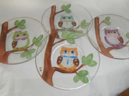 HAND PAINTED OWLS IN A TREE. . SET /4 -7INCH PLATES /MADE IN USA