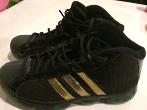 Adidas basketball sneakers size 8