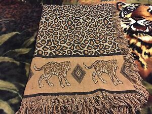 Safari throw decor