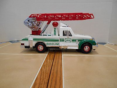 Hess 1994 Rescue Truck MIB,new old stock.