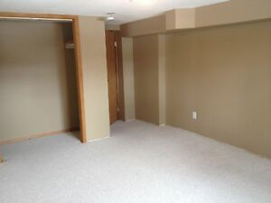 Cozy Basement Suite in Parkallen  $1100