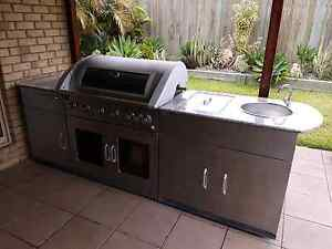 MATADOR 6 BURNER BBQ WITH ROTISSERIE Raceview Ipswich City Preview