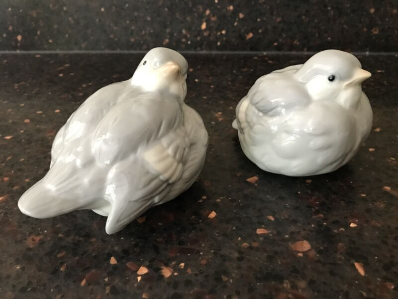 Pair Of Vintage OMC Otagiri Gray Blue Bird Sparrow Figurines Japan Collectible