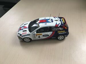 1:18 autoart die cast of WRC 2001 Ford Focus very rare