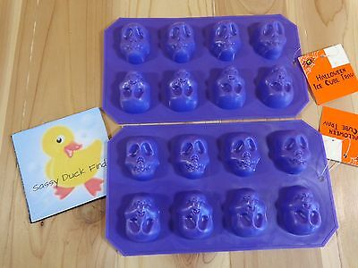 Halloween ICE CUBE TRAYS MOLDS Set of 2 SKULLS Purple Plastic Each Makes 8 Cubes - Halloween Plastic Ice Cubes