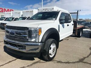 2017 Ford F-550 CHASSIS CAB 6.8L V8 | Bluetooth | Power Door/Loc