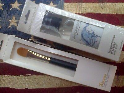 2pc Japonesque set: Makeup Brush Cleanser & Pro Foundation Brush