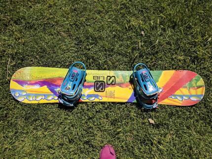 Vintage Lib Tech ACME snowboard Rainbow 1995 /1996 with Bindings