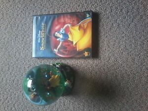 Snow White 2 disc DVD & matching snowglobe $ 15.00